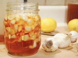 Сосудистый хирург: от варикоза поможет мед с чесноком и старинный русский рецепт
