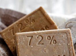 Уникальные полезные свойства хозяйственного мыла: 11 необычных секретов применения
